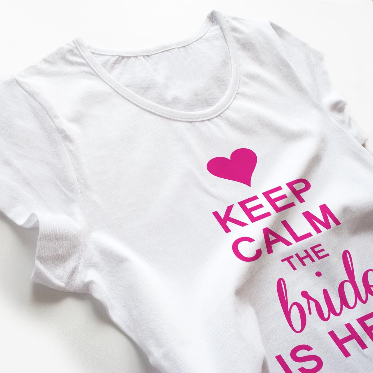Tricouri petrecerea burlacitelor Keep calm - The Bride is here 3