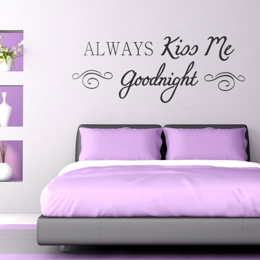 Sticker perete Always Kiss Me Goodnight