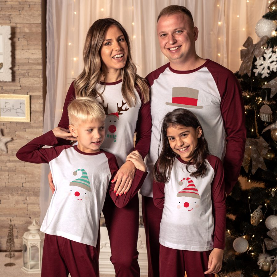 Pijamale Personalizate Familie Iarna in familie
